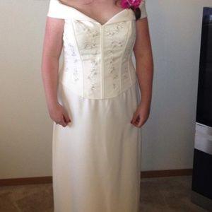 David's Bridal Dresses - Davids bridal dress-ivory